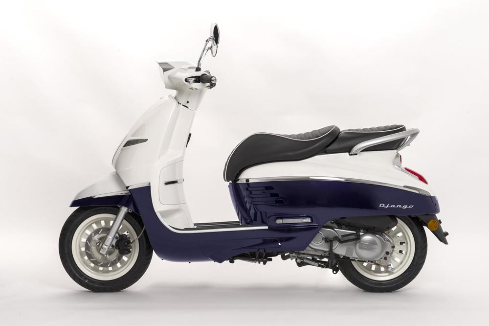 peugeot scooter django 125 4t 2018 moto1pro. Black Bedroom Furniture Sets. Home Design Ideas